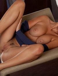 big tits orgasm